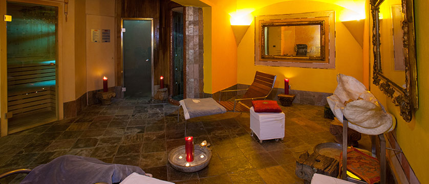 Italy_Cervinia_Hotel-Punta-Maquignaz_spa.jpg